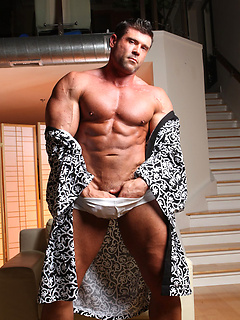 horny body builder needs dick parents have stomach